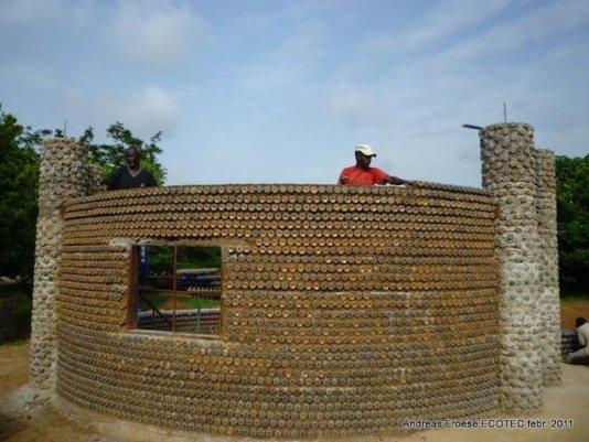Plastic-bottle-house-nigeria