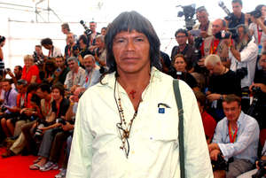 In 2008 Ambrósio attended the premiere of 'Birdwatchers' at the Venice Film Festival. © Survival