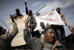 Refugees Cross Tunisian Border To Escape Violence in Libya