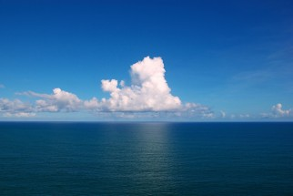 Clouds_over_the_Atlantic_Ocean