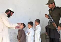 Polio vaccines given to children near the Afghan border