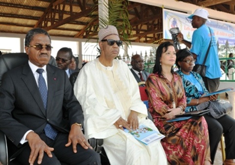 Minister Andre Mama Fouda and Dignitaries of the United Nations System in Cameroon launching the Communications campaign against Ebola and Polio.