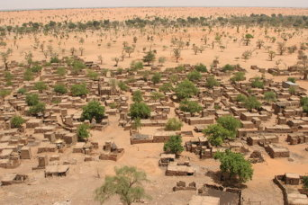 640px-Village_Telly_in_Mali