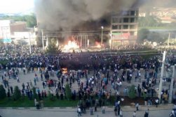 kurdish mass protests in mahabad