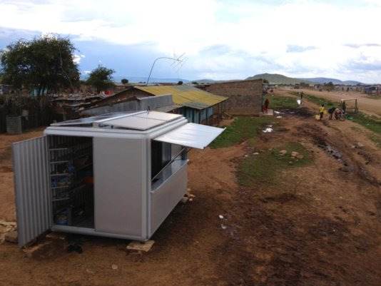 The first SOLARKIOSK in Ngoswani.