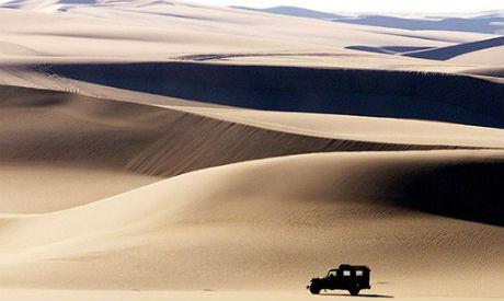 egypt vehicle sand dune