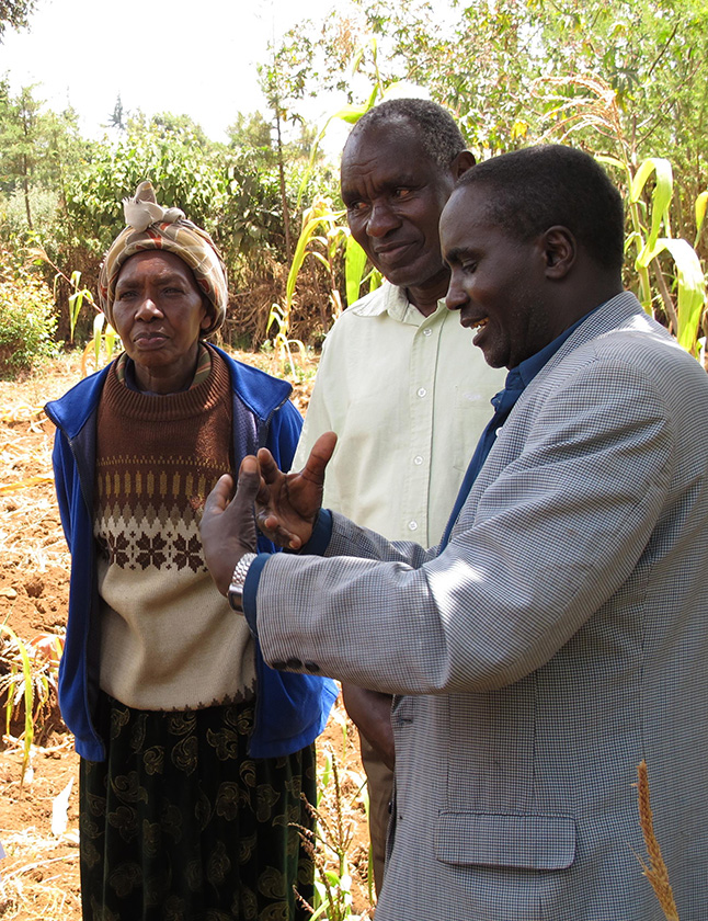 Kenya\'s Ministry of Agriculture officials pay Teresia and other climate affected farmers frequent visit to advice them on mitigation and adaptation techniques.