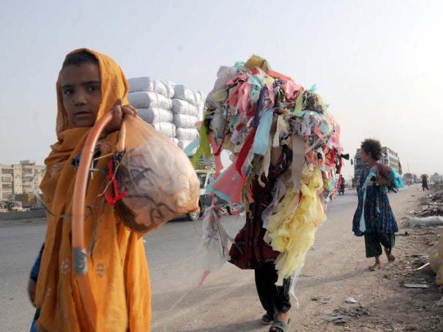 Khadija and her sisters in Karachi