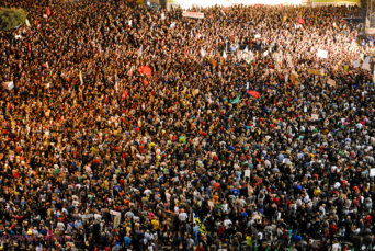 Israel_social_justice_protests_Rabin_Square_Tel_aviv_29_october_2011