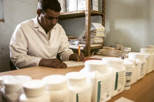 A doctor in one of the Health Centres in the Tindouf refugee camp