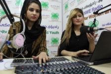 Hevy and Haneen at Radio Dinge