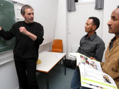 Teaching-Asylum-Seeker-German-Language-for-Free-Ulrich