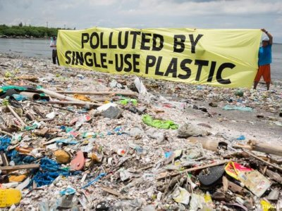 polluted-by-single-use-plastics
