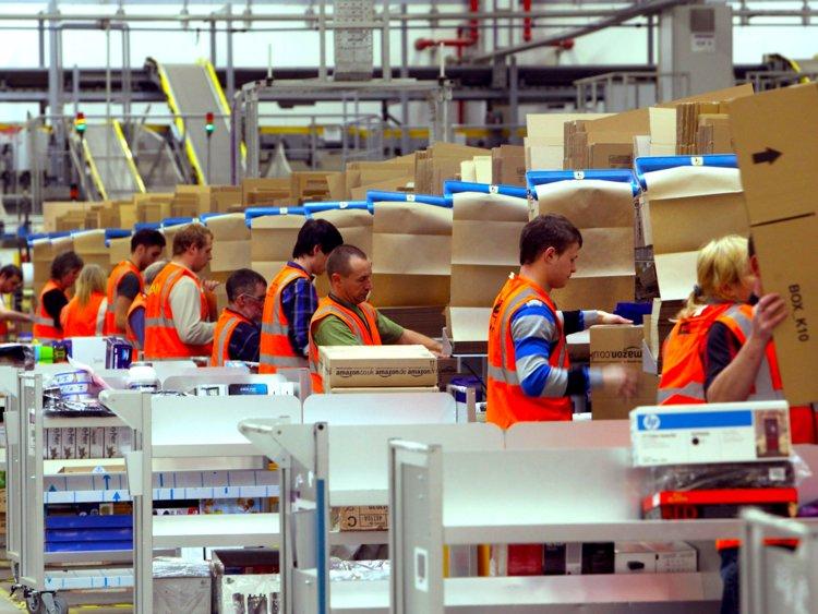 Amazon-workers-work