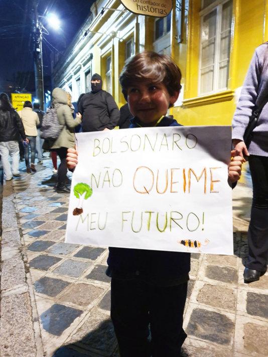 \'Bolsonaro, don\'t burn my future!\'